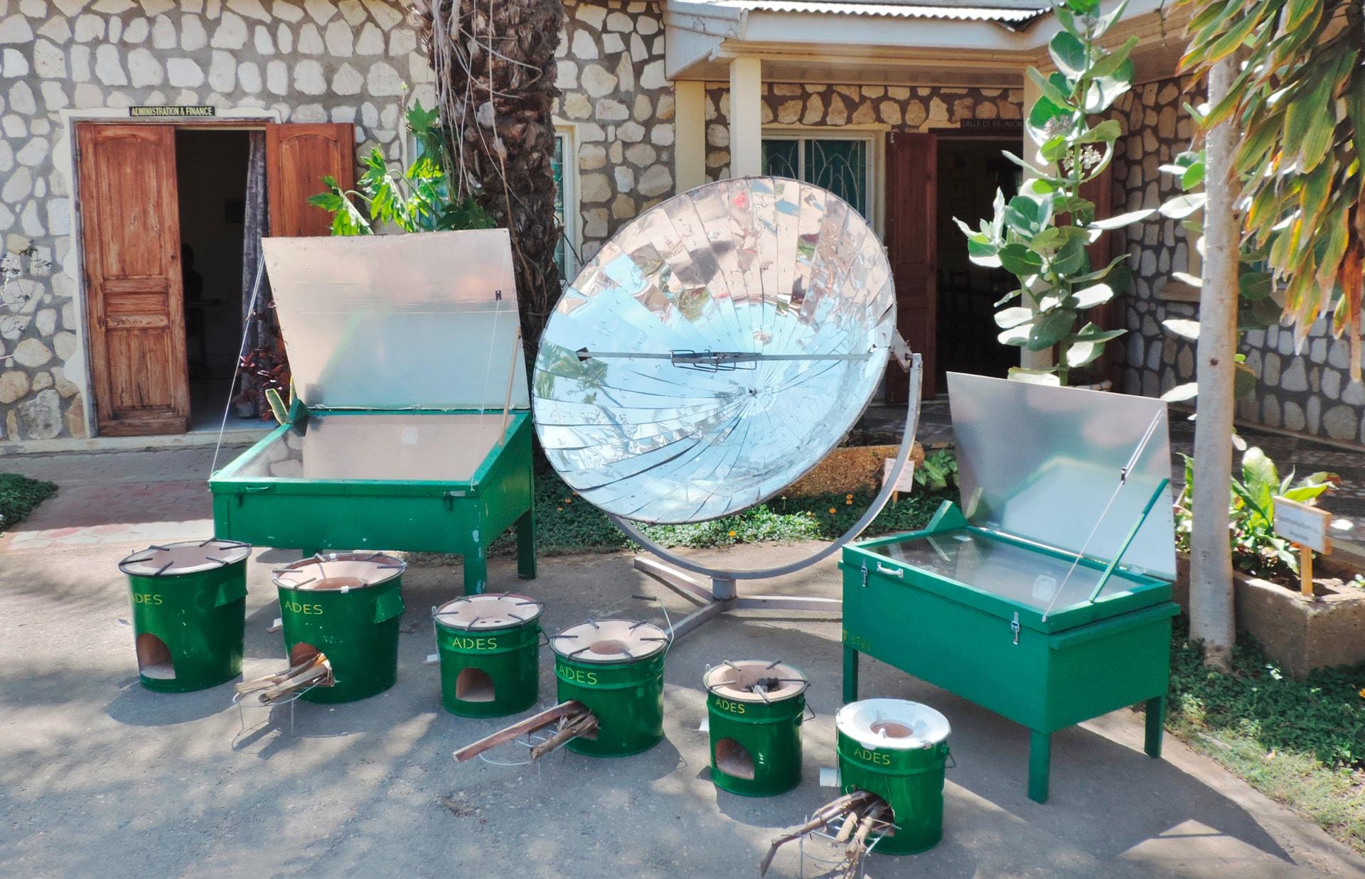 Neun verschiedene Solarkocher